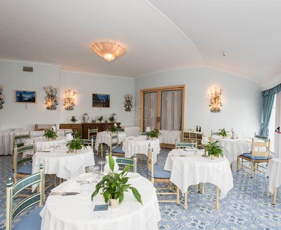 Grand Hotel Punta Molino Beach Resort Spa 155 2 9 9 Prices