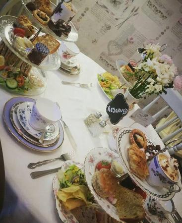 Aunt Sal's Tearoom