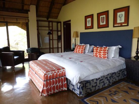 Tshwene Lodge: Chalet von innen