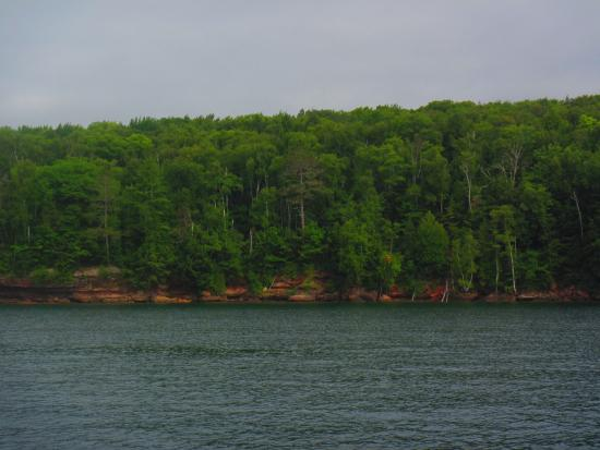 Apostle Islands : Apostle Island shoreline