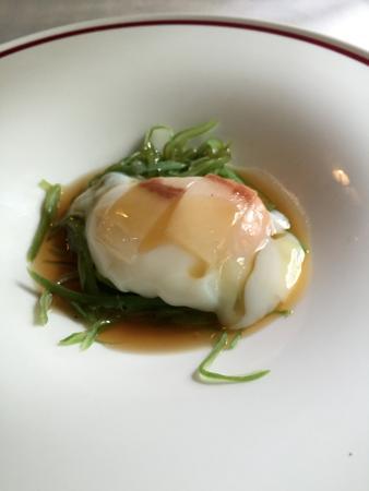 Alkalde Restaurante: huevo, papada, vainas y caldo de jamón