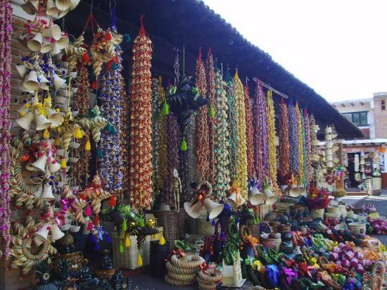 Tzintzuntzan, México: artesania