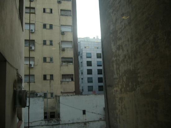 Hotel Promenade: vis a vis au  3eme etage