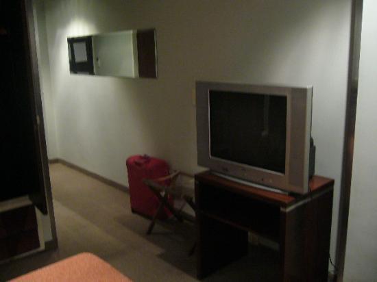 Hotel Promenade: la TV ancien modele