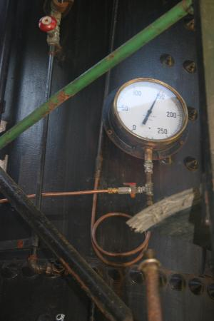 Port Alberni, Kanada: Measures steam pressure.
