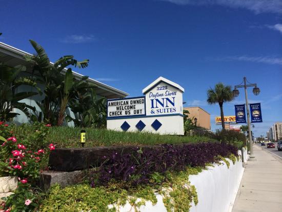 Daytona Shores Inn and Suites: красивая местность