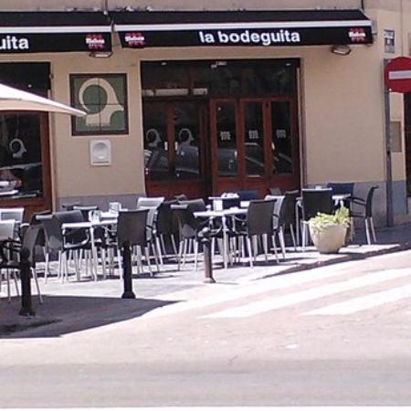 Restaurante la bodeguita en valencia con cocina otras for La comisaria restaurante valencia