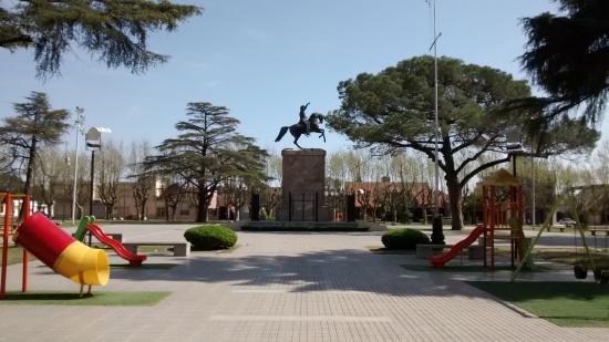 Casilda, الأرجنتين: vista de la plaza