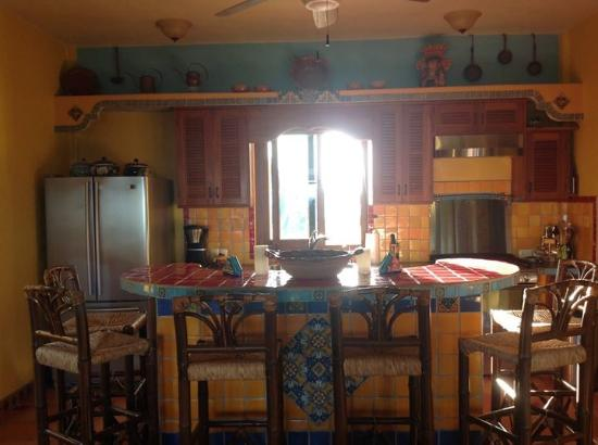 The Taj Majahual: Kitchen