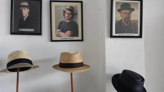 Ben Affleck   Johnny Depp wear his hats - Picture of Homero Ortega ... 180eab4f6cb