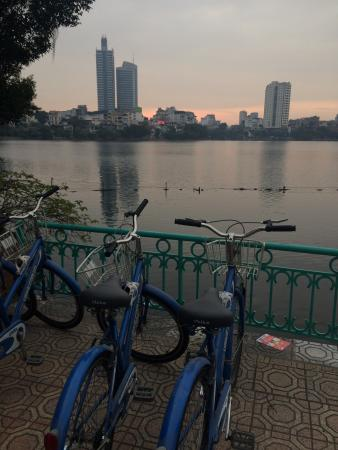 Hanoi Free Bike Tour