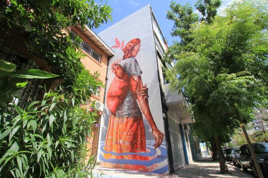 BA Street Art Tours: Mural by international street artist Fintan Magee on the tour