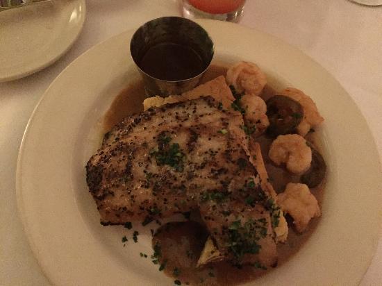 Upperline Restaurant: Grilled drum piquant with hot & hot shrimp