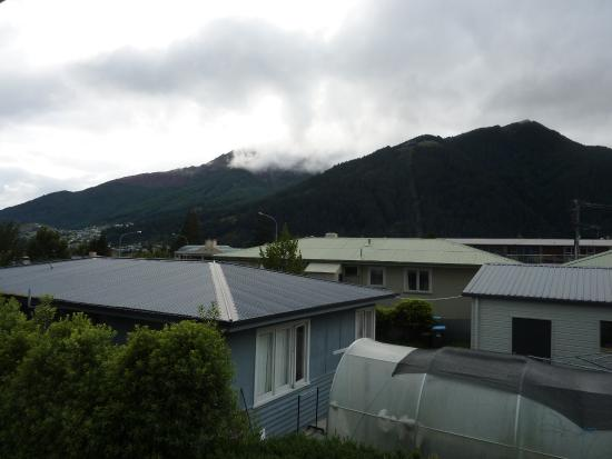 Queenstown Motel Apartments: View from the room