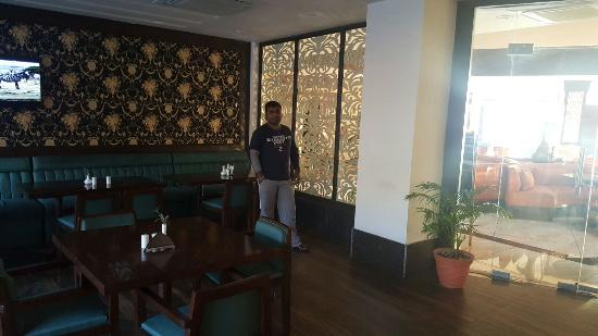 photo0 jpg picture of lemon tree hotel katra katra tripadvisor rh tripadvisor co za