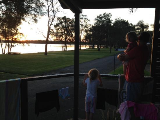 Gateway Lifestyle Lakeside Forster : verandah of our cabin