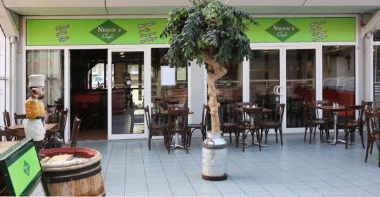 Nissen's Cafe