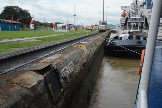 Panama Canal Partial Transit Tour: In the lock