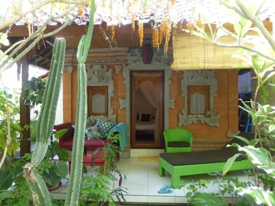 the Balinese style bungalow with private terrace (164600056)