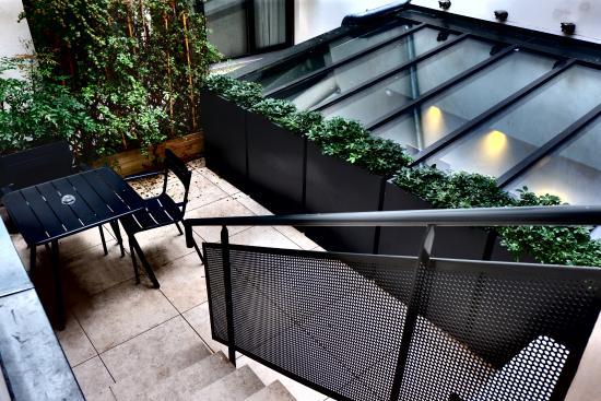 eug ne en ville paris billede af hotel eugene en ville paris tripadvisor. Black Bedroom Furniture Sets. Home Design Ideas