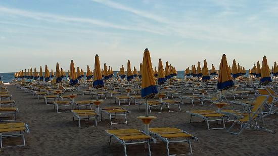 Location Matrimoni Spiaggia Jesolo : Spiaggia di jesolo foto