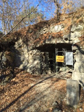 Caverna Damiano Chiesa