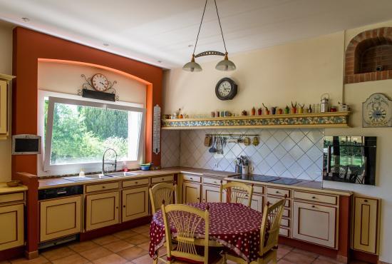 Mas Picton : kitchen