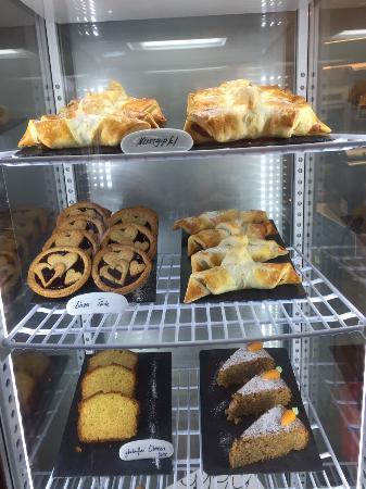 Dallenwil, Швейцария: Alpenrestaurant Wirzweli - Feines aus der Häxä-Beck
