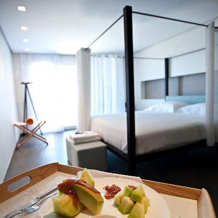 Orizontes View Hotel: DELUXE ROOM