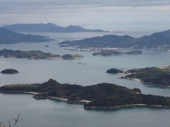 מיהארה, יפן: 筆影山から約3㎞更に奥に入ったところに竜王山展望台があります。標高は約100m程高くなり視界がさらに開けます。
