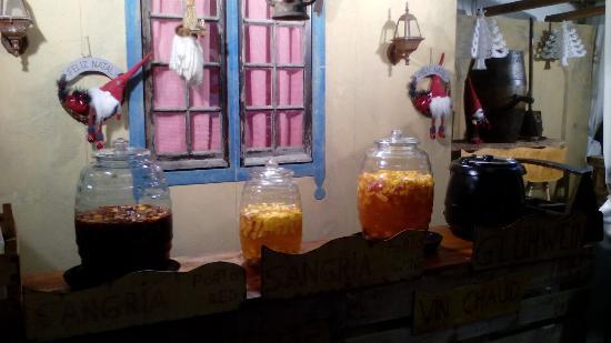 Moncarapacho, Portugalia: Christmas punch and glu wine