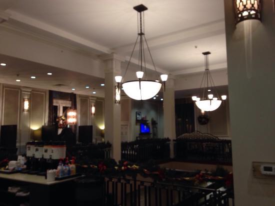 Interior - Hampton Inn & Suites Baltimore Inner Harbor Photo