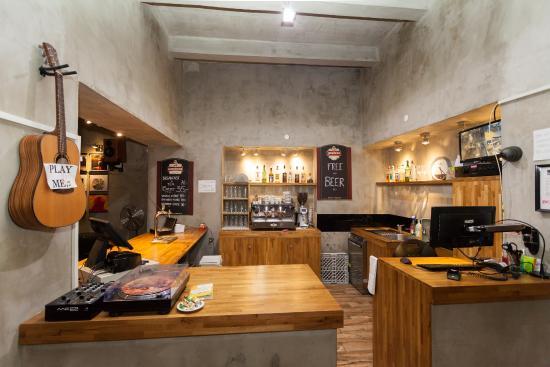 Mojo inn updated 2017 prices hostel reviews prague for Mojo restaurant