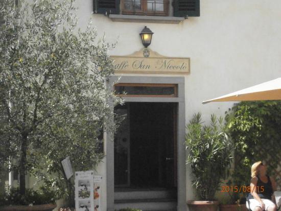 Caffe San Niccolo: L'entrata del Caffè!!!