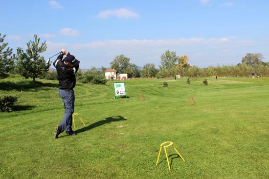 Hotel AGATKA Bratislava: Golf Course 9-holes