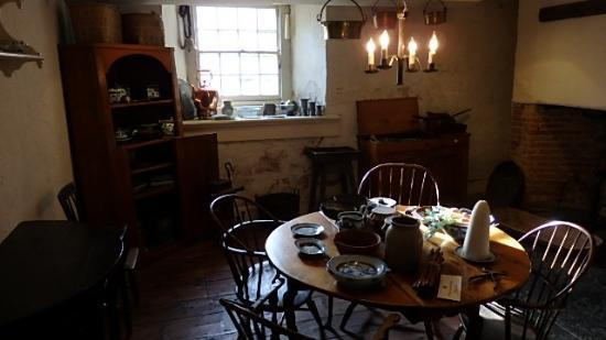 Morristown, NJ: Kitchen