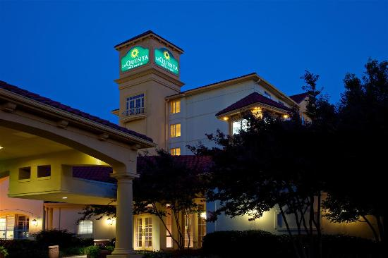Photo of La Quinta Inn & Suites Greensboro