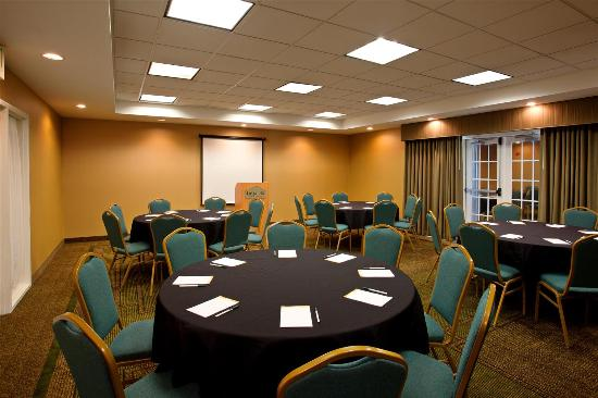 La Quinta Inn & Suites Greensboro: Meeting room