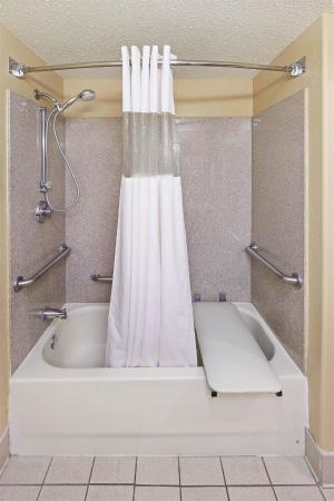 La Quinta Inn & Suites New Braunfels: Guest room