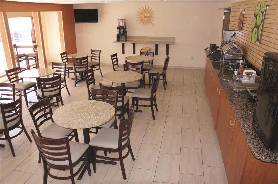 La Quinta Inn & Suites Woodburn: Restaurant