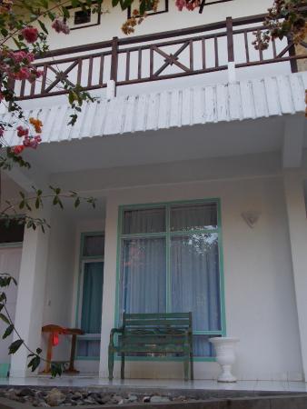 Bajo Komodo Eco Lodge: De buitenkant van de kamer