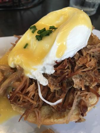 The Ruby Slipper Cafe: Cochon Benedict