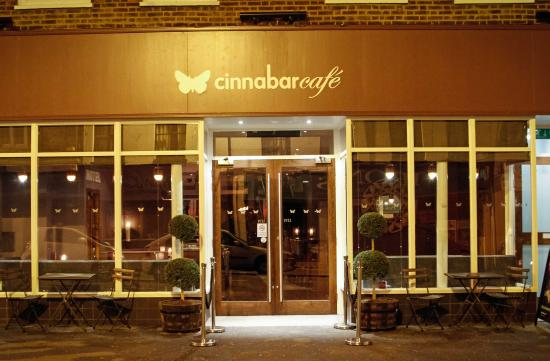 Cinnabar Hertford Hotel: Entrance