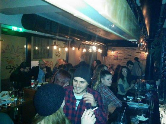 Heraklion Prefecture, Grecia: The Whistler Espresso Bar Rstaurant