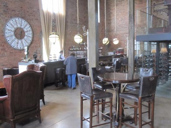 The Singular Patagonia: View of the bar from the lower level.