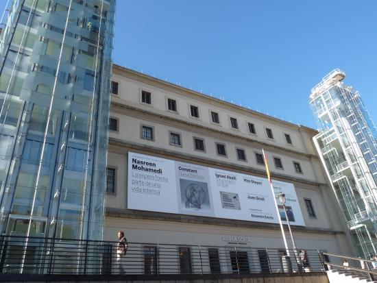 Fachada principal do museu reina sofia picture of queen - Museo nacional centro de arte reina sofia ...