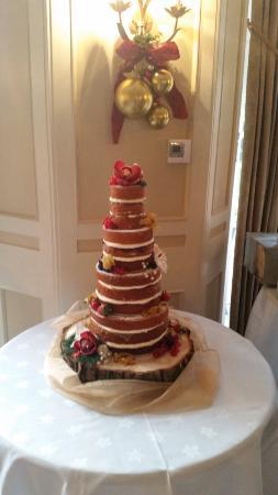 Wykeham, UK: Wedding cake.