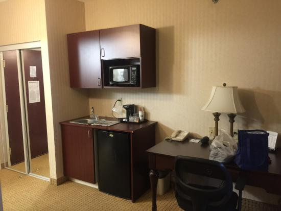 Holiday Inn Express Hotel & Suites Newport South: photo2.jpg