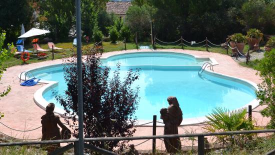 Villa Palombara Country House : piscina