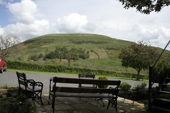 Kearton Country Hotel: Seating with the view of Kisdon